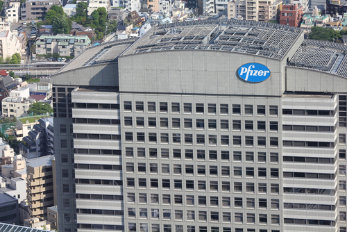 Pfizer Lung Cancer Targeted Therapy More Effective than Chemotherapy on Trial
